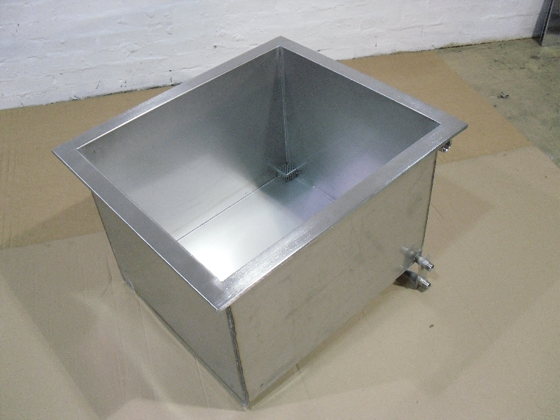 Ultrasonic industrial bench top tank fabrication manufactured from 316 stainless steel